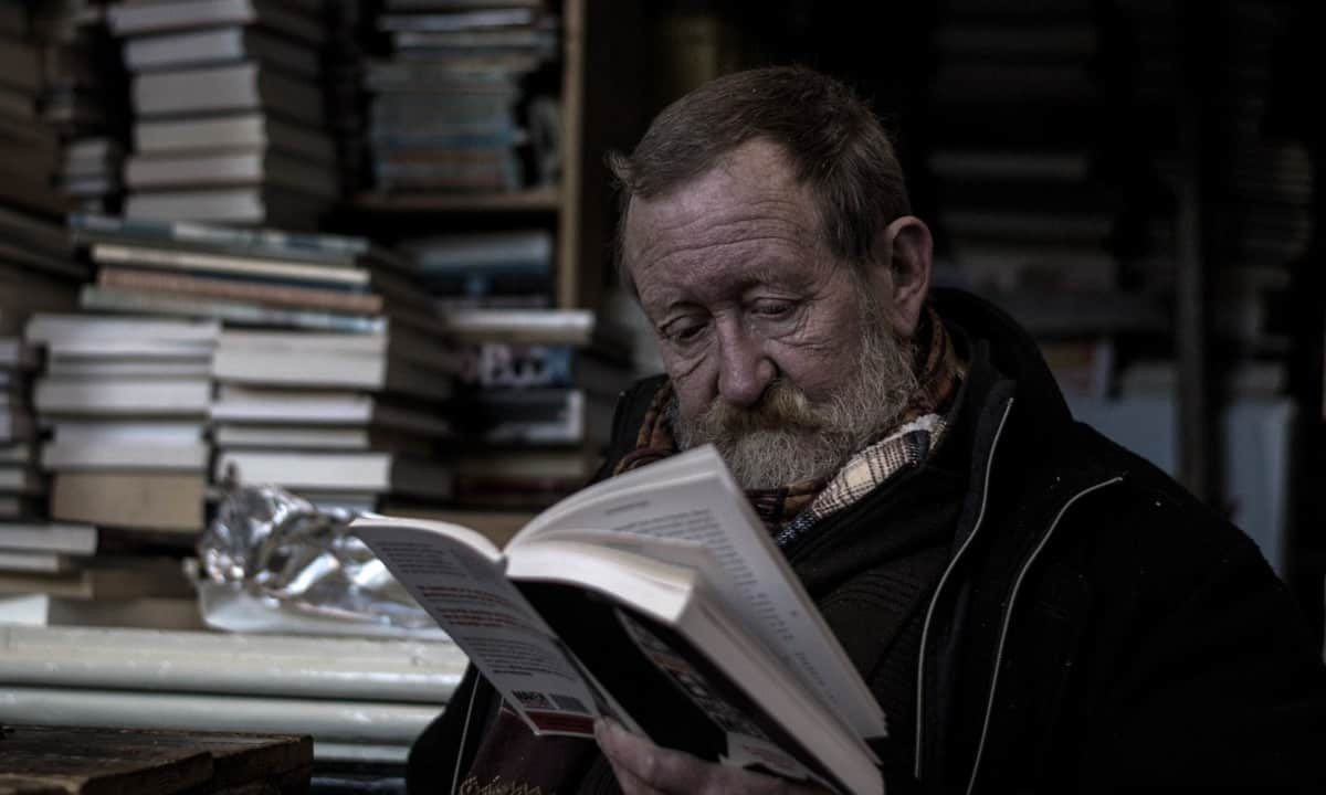 Learning old man reading
