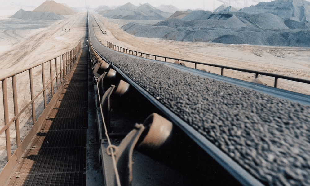 Conveyor belt carrying minerals