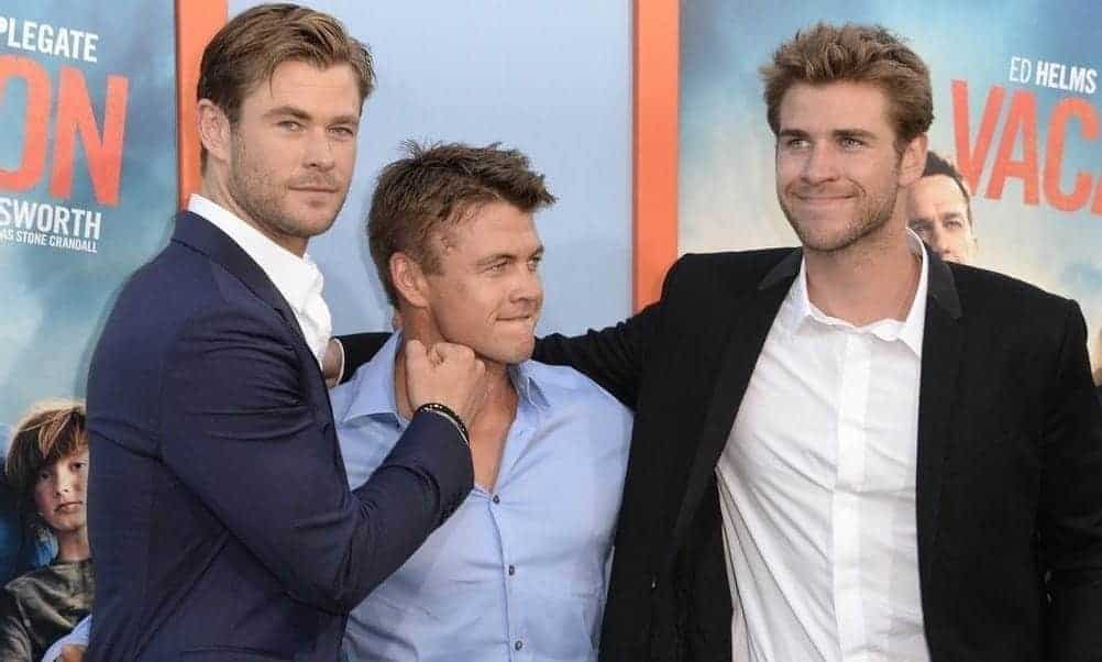 Chris Hemsworth, Brothers