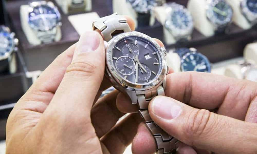 Buying Luxury Watch