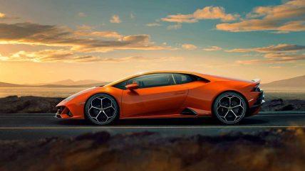 New Lamborghini Huracan Evo supercar, profile