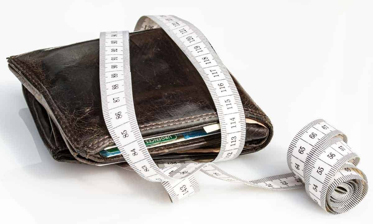 Wallet With Measuring Tape