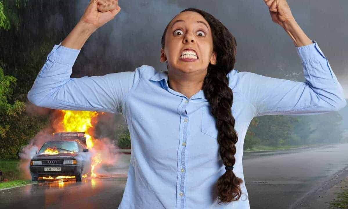 Crazy-woman-burning-car