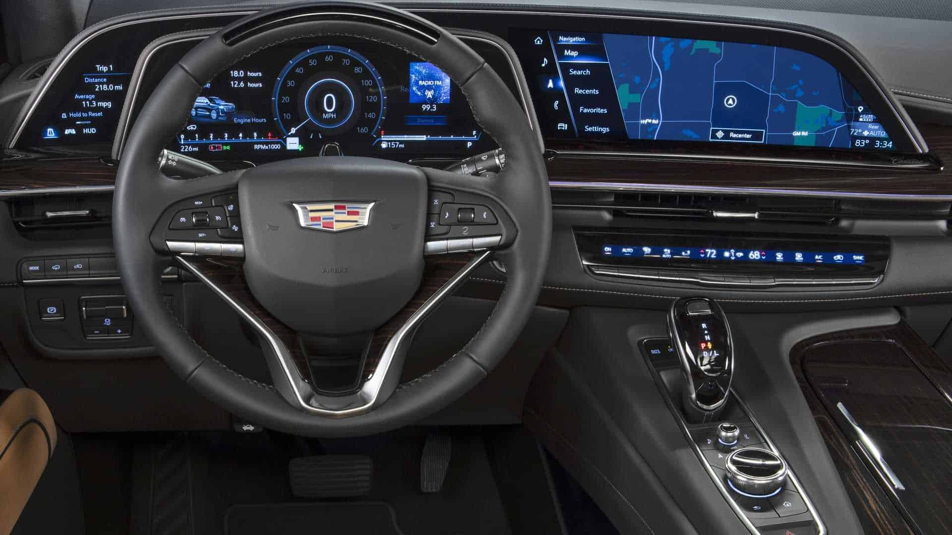 New, 2021 Cadillac Escalade Luxury SUV cockpit