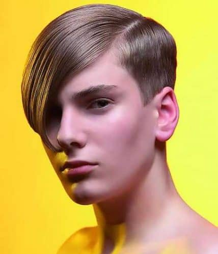 Short Hairstyle For Men - Side Part with Bangs